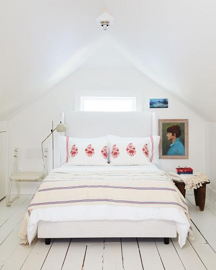 attic retreat - Beautiful Bedroom
