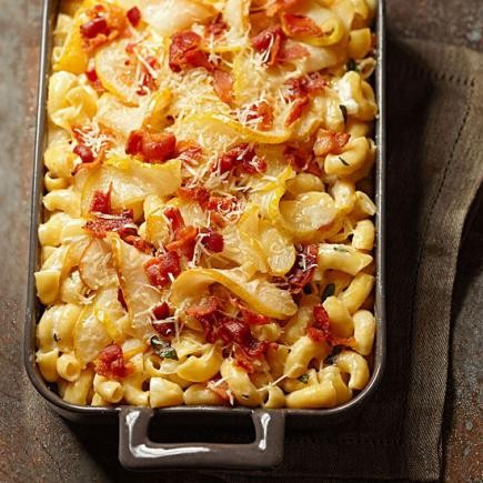 Bacon-Pear Macaroni and Cheese