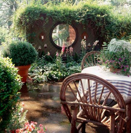 How To Use Mirrors In Your Garden Midwest Living