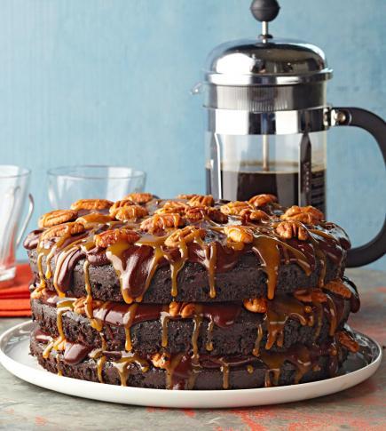 Cafe Lattes Turtle Cake