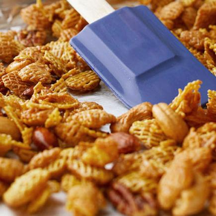 Caramel Snack Mix