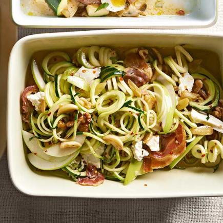 Garlicky Zucchini Noodles