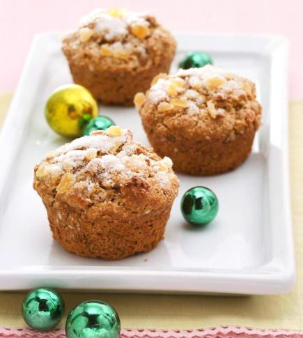Gingerbread-Sour Cream Muffins