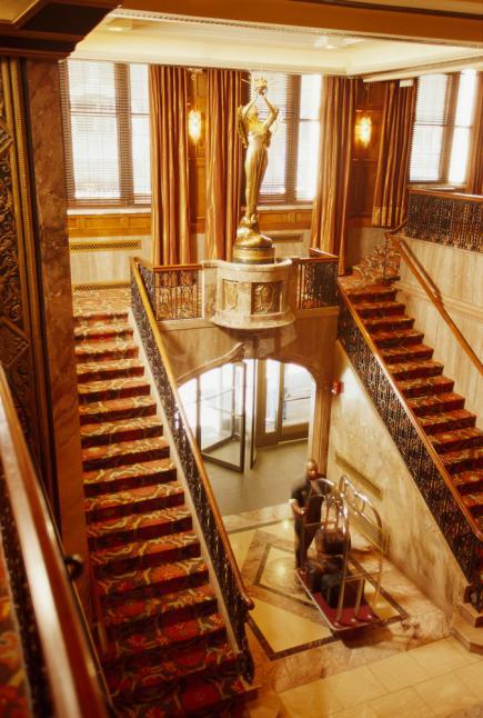 Romantic hotels in cincinnati