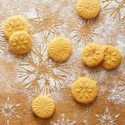 11 Scandinavian Christmas Cookie Recipes | Midwest Living