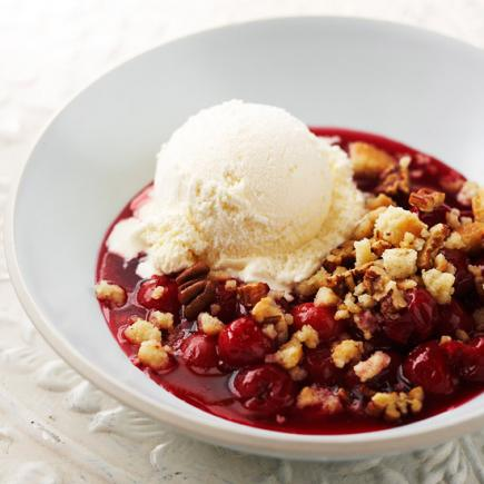 Quick and Easy Dessert Recipes—Quick Cherry Crisp