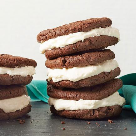 35 quick and easy dessert recipes midwest living quick whoopie pies forumfinder Gallery