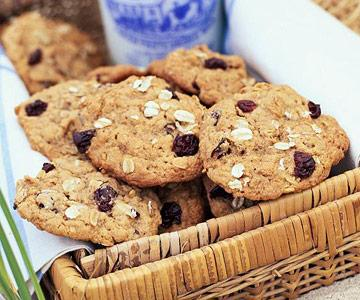 Oatmeal-Cherry Cookies