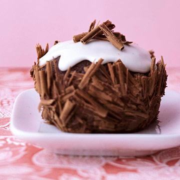 ebony and ivory cupcakes