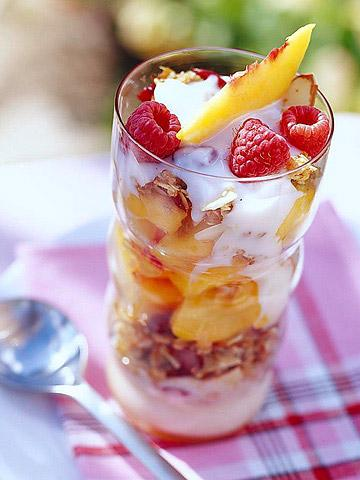 Peach Breakfast Parfaits