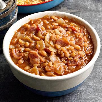45 easy potluck recipes midwest living baked beans n bacon forumfinder Gallery