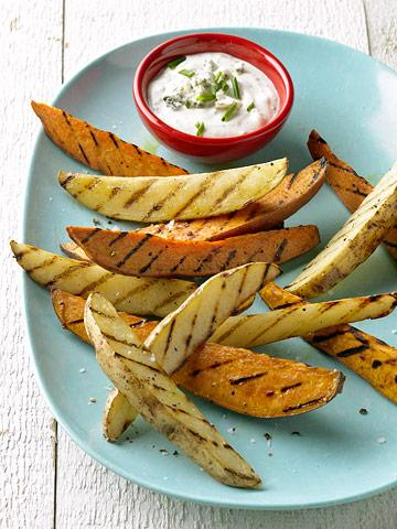 Grilled Sweet-Potato Wedges with Dipping Sauce