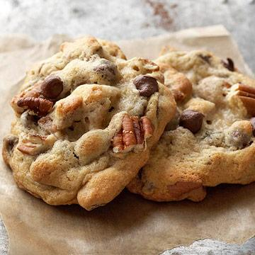 Krista's Kitchen Chocolate Chip Pecan Cookies