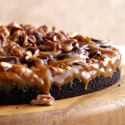 Gooey Chocolate Caramel Cake