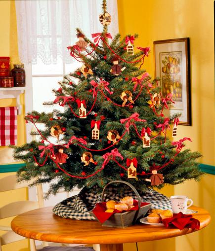 12 Easy Tabletop Christmas Trees Midwest Living