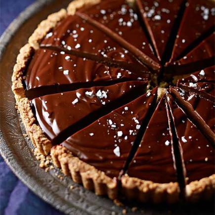 50 Decadent Chocolate Dessert Recipes | Midwest Living