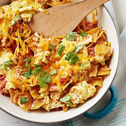 Tex-Mex Scramble with Tortilla Chips