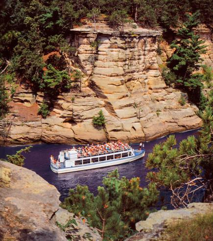 Things to do in the Wisconsin Dells-Boat Tours
