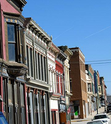 5 Small Midwest Towns You 39 Ll Love Midwest Living