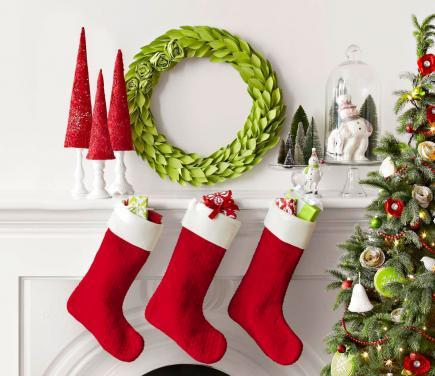 red and green cheer - Pictures Of Mantels Decorated For Christmas