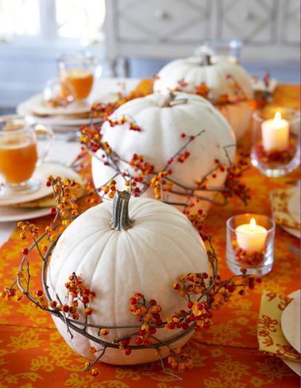 orange and white centerpiece - Pumpkin Decorations