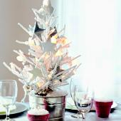 Christmas centerpiece ideas: white tree