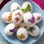 Eggs with temporary tattoos