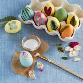 Easter eggs with nature accents