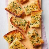 Cheesy Chive Garlic Bread