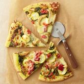 Chicken Garden Pesto Pizza