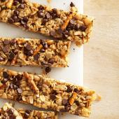 Chocolate Peanut Butter Granola Bars