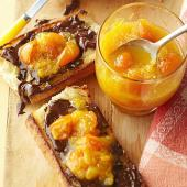 Chocolate-Smeared Baguette with Quick Citrus Jam