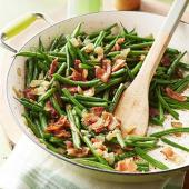 Green Beans with Bacon and Onion