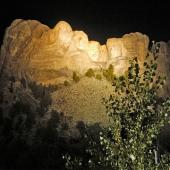 Things to Do in South Dakota's Black Hills and Badlands--Monumental light shows