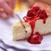 Raspberry-Sauced Cheesecake