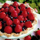 Double Berry Vanilla Cream Pie