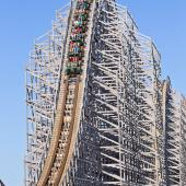 Michigan's Adventure Shivering Timbers