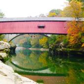 Narrows Covered Bridge. Photo courtesy of Parke County Convention & Visitors Commission