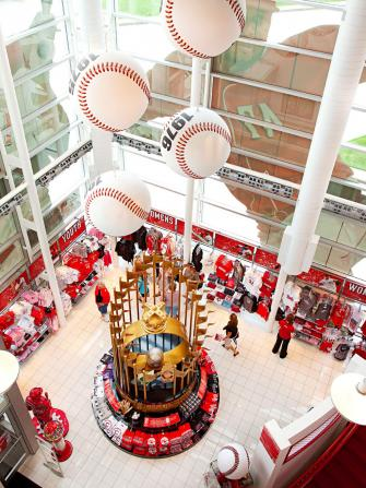 Enjoy the stories behind pro baseball's oldest team at the Cincinnati Reds Hall of Fame and Museum.