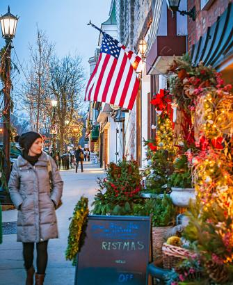 Shoppers stroll South Washington Street in Hinsdale, a west suburb of Chicago known for its boutiques.