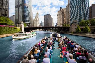 River cruise; photo courtesy of Choose Chicago/Adam Alexander Photography