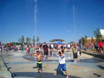 Schwiebert Riverfront Park - Fountain