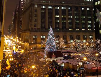 Tree-lighting in Daley Plaza. Photo Courtesy of the Mayor's Office of Special Events.