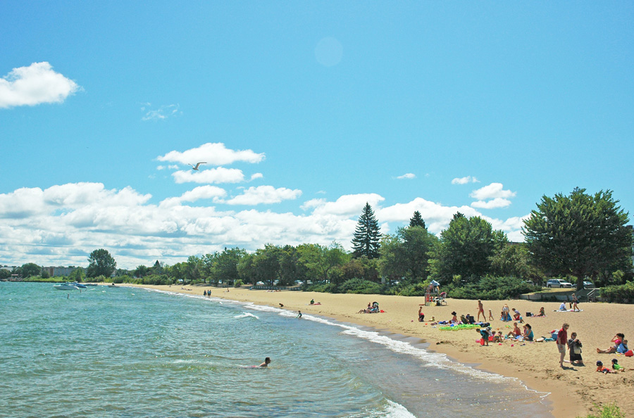 Clinch Park Beach Photo Courtesy Of Traverse City Tourism