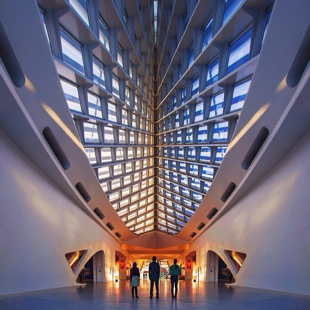 Milwaukee Art Museum by @brandonexplores