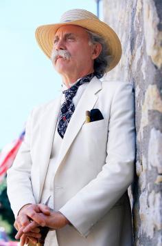 Richard Garey as Mark Twain.