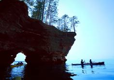 Kayaks provide the best access to the sea caves of the Apostle Islands National Lakeshore.