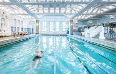 Intercontinental Chicago Hotel pool
